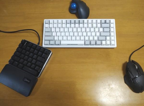 左手キーボードとマウス